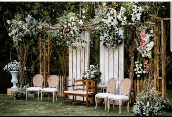 Foto Wedding Dg Dekorasi Pernikahan Outdoor Di Yogyakarta: Dekorasi Outdoor / Garden Party Jogja